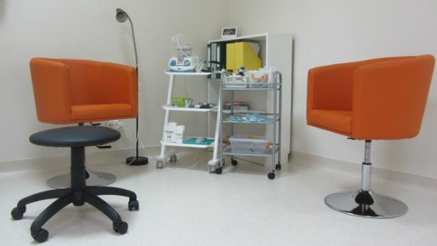 Zona de examinare in cadrul cabinetului ORL